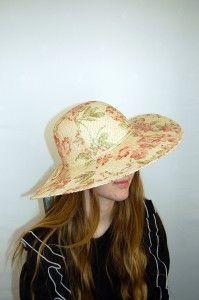 Bloemenprint hoed