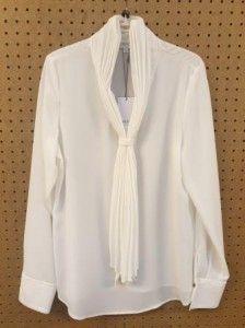 Crème blouse met plisse strik