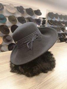 Donkerblauwe hoed