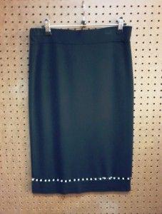 Zwarte rok met parels